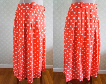 XL Polka Dot pleated vintage skirt. Orange and white polka dot. Front buttoning.