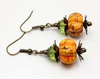 Pumpkin Earrings, Pumpkin Magnesite, Vintage Look, Woodland, Halloween Earrings, Orange Pumpkins, Fall Earrings