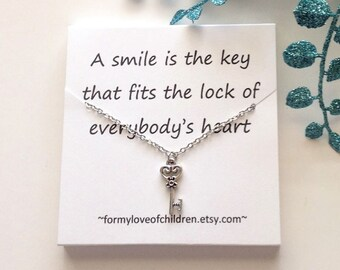 key necklace, vintage key necklace, key jewelry, key to my heart, everyday jewelry, message card jewelry, silver necklace, skeleton key, key