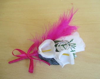 Lapel pin-wedding white and fuchsia