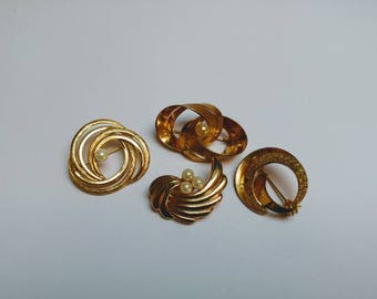 Lot 4 vintage brooches goldtone faux pearls 80s 90s jewelry