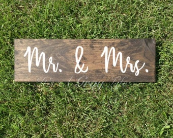 mr and mrs sign - wedding sign - mr and mrs wedding decor - wedding photo prop - reception sign - wedding decor - rustic wedding sign