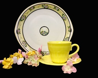 Luneville Elysee Faience De France Louis XV Yellow 10 Oz Teacup Saucer Set