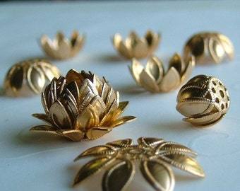 16 pieces of Lotus Bead Caps in Gold Color - 15 mm