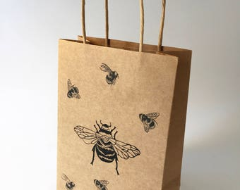 Bumble Bee gift bag | kraft bag | gift wrap | Honey bee | insect print | Bugs | Lino print | gifts for her | gift wrapping | Handmade |