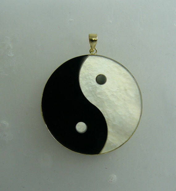Black Onyx and Mother of Pearl Yin Yang Pendant 14k Yellow Gold