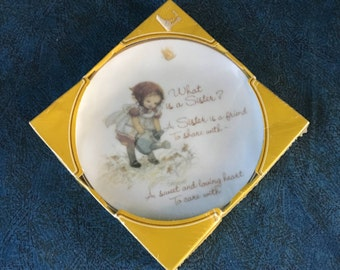 """Vintage Lasting Memories """"What is a Sister"""" Decorative Plate"""