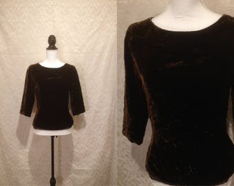 1950s Chocolate Brown Crushed Velvet 3/4 Sleeve Boatneck Blouse Evening Formal Top Shirt Minimal Romantic Lined Crop XS-S