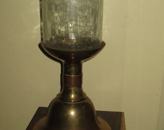 Vintage Sarreid Solid Brass Hurricane Candle Holder with Replacement Hurricane Globe.