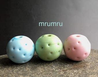 MruMru pastel Trio.  Handmade lampwork beads. Sra