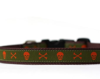 1/2 or 5/8 Inch Wide Dog Collar with Adjustable Buckle or Martingale in Jack in Green