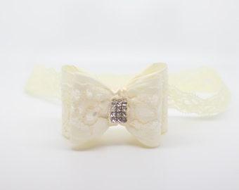 Ivory lace bow Headband, Ivory bow headband, lace bow headband, 3d Bow Headband, Ivory bow, Ivory Flower Girl Headband, Ivory Clip
