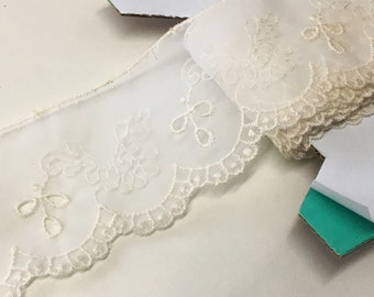 "4 m / 4.4 yds — VINTAGE / ANTIQUE french corded tulle lace trim — ivory — synthetic — 55 mm / 2 3/16"" wide"