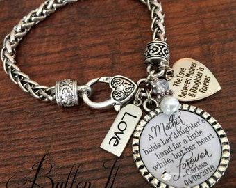 Mother of the BRIDE bracelet, A mother holds her daughter's hand, Personalized wedding, love between mother and daughter is forever