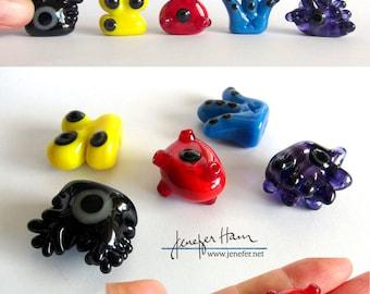 PANDEMIC! Glass virus Sculpture/Miniature/Mascot/Marker/Pawn made Jenefer Ham Board Game