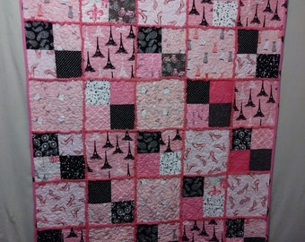 Pink Quilt (Travel and Shop with Me)