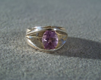 Vintage Sterling Silver Oval African Amethyst Bold Band Ring, Size 10          **RL