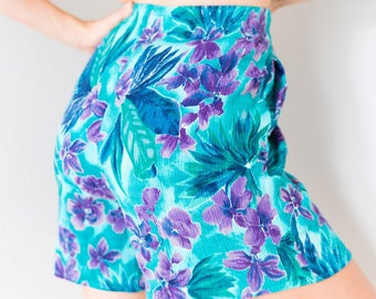 Super Hip Vintage 80s 90s Turquoise Purple Tropical Hawaiian Floral Print High Waisted Elastic Waistband Pocket Bermuda Shorts