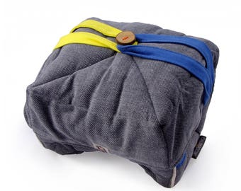 12 litre Calduccia thermal bag.  In natural materials padded with wool for low-temperature cooking.