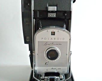 Vintage Polaroid Land Camera Model 150   1950s
