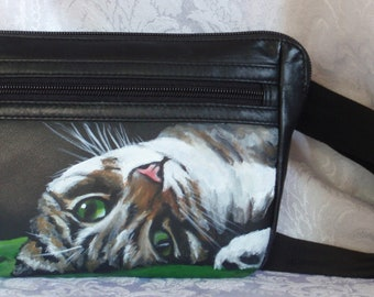 ili leather Slim Belt Bag with YOUR PET hand painted on front
