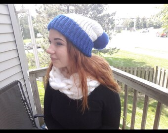 Blue and White touque