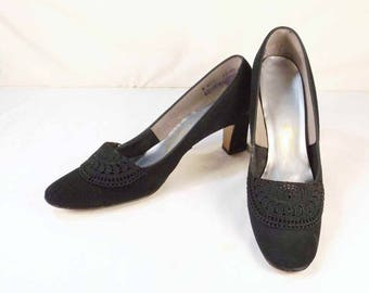 BALLI Black Suede and Black Lace Pumps US Size 8 AAA 3A