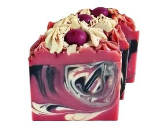Black Raspberry Vanilla Soap, Berry Soap,Vanilla Soap, Artisan Soap, Soap Bar, Soap Gifts, Bath Soap, Shower Soap, Soap for Her, Pretty Soap