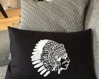 Cushion 30 x 50 cushion in white linen and cotton in black Indian head