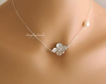 Bridesmaid Necklace, Elegant Pearl Necklace, Bridesmaid's Gift, Gift for Her, Hibiscus Necklace, Bridesmaid Jewelry