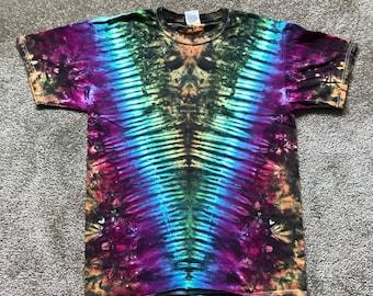 Adult Medium V Tie Dye Shirt!!!