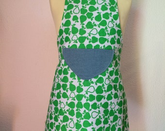 """Pears in jeans"" reversible apron 6-8 years"