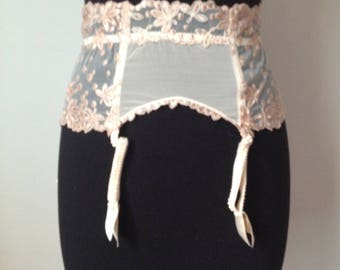 Wearing Lise Charmelle jartelle pink lace, size 36/38, s new