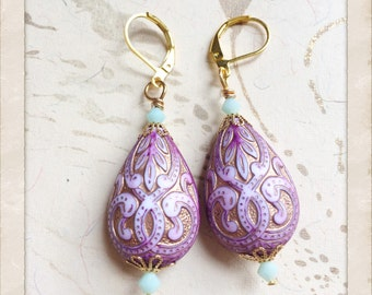 Mughal Indian Palace Earrings Vintage Lucite Gold Plated Filigree by MinouBazaar