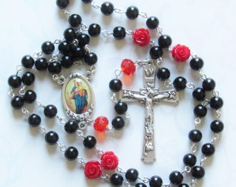 Memorial Rosary, Black with Red Roses *Catholic,Christian,prayer,chaplet,spring,crucifix,flowers,Czech glass,worship,for her,Lent,Easter