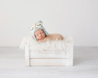 Newborn Photography Digital Backdrop for girls or boys - Simple white crate backdrop