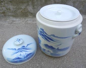 Awesome Asian Crock Pot!