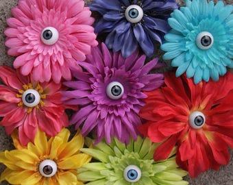 Eyeball flower clips- Large/medium, daisy-style; For hair or clothing