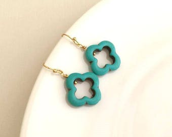 Gold Turquoise Clover Earrings.Turquoise Jewelry. Quatrefoil. Gold Blue Earrings. Blue Green Earrings.Four Leaf Clover Earrings.Bridesmaids