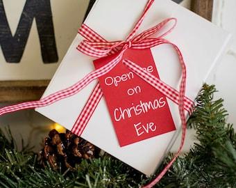 Christmas Eve Box - Xmas Eve box - Santa box - santa's lost button - personalised decoration - santa's magic key - hand stamped