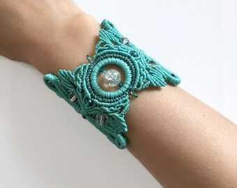 Macrame bracelet, Turquoise bracelet, Hand made jewelry, Unique gift for her, Beaded bracelet, Hand made bracelet, Green bracelet
