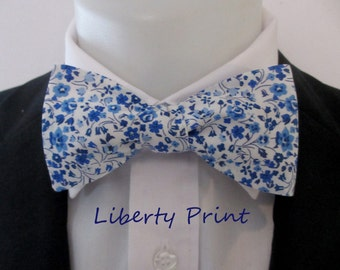 """Men's bowtie ~ in a floral blue liberty print ~ """"Kimberley and Sarah ~ shades of blue~ neoud ~ papillion"""