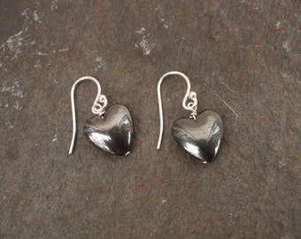 Small Black Hematite heart earrings Sterling Silver drop earring Goth Gothic gift Hematite jewelry
