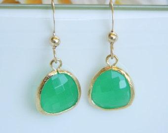 Green Opal Dangle Earrings, Wedding Jewelry, Bridesmaid Gifts, Gold Drop Earrings, Mother Jewelry,  Bridesmaid Earrings, Kelly Green