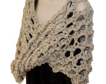 Crochet Capelet, Wool Cape, Autumn Capelet, Woman Poncho, Chunky Shawl, Crochet Shawl, Outlander Inspired Wrap, Oatmeal Poncho, Claire Wrap