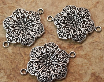 5 Flower Connector Charms Antiqued Silver Tone 28 x 32 mm