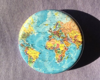 World map button / World map fridge magnet / World map badge / Map button / Travel button / Travel lover pin / Travel lover gift