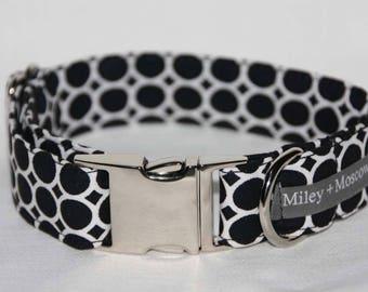Monochrome Spots Collar