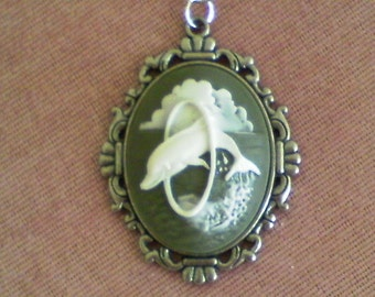 Dolphin cameo........pendant