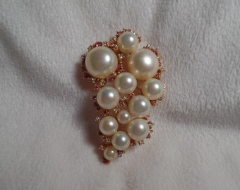 1950's Brooch with Faux Pearls and Pastel Rhinestones Signed Marvella